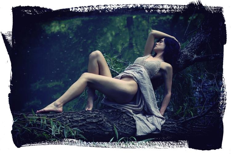 Model: Stephanie Lauren Coolbau - stevelease | ello
