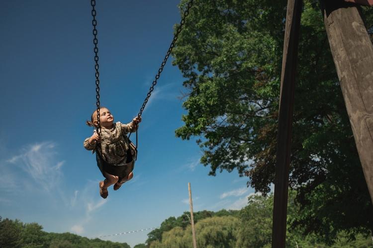 girl swing. choice Smithsonian  - viara | ello