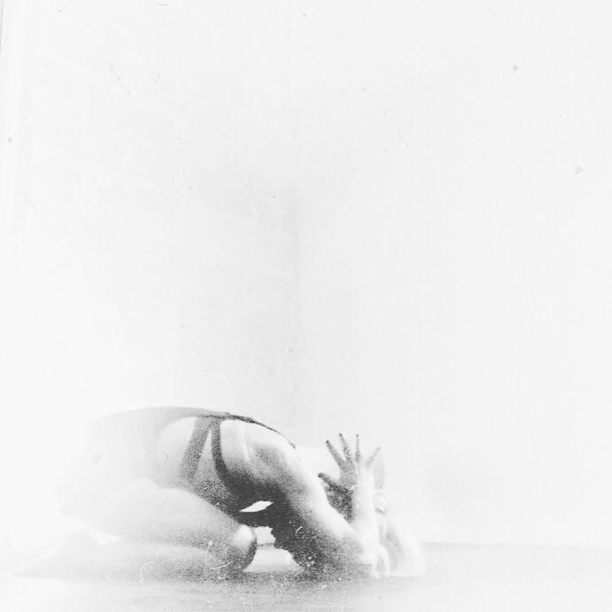 Fading - yoga, practise, backtobasics - yogiwod | ello
