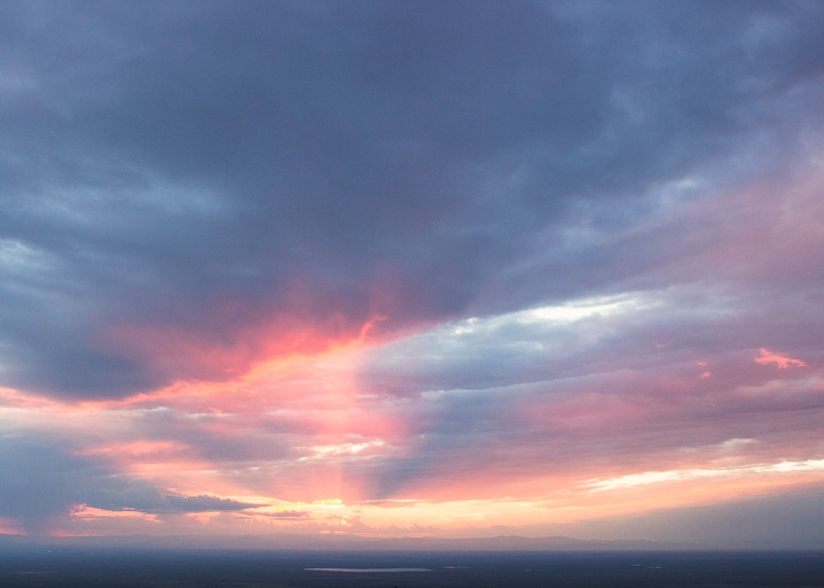 sunset, firey af. ig - shiraroth | ello