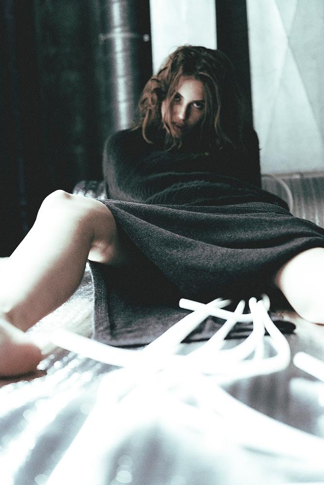 Submission Posture Mag - Infamo - yanauvarova | ello