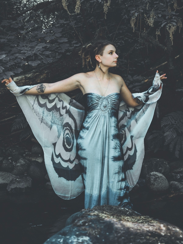 moth - wings, butterfly, model, photography - f-delancey | ello