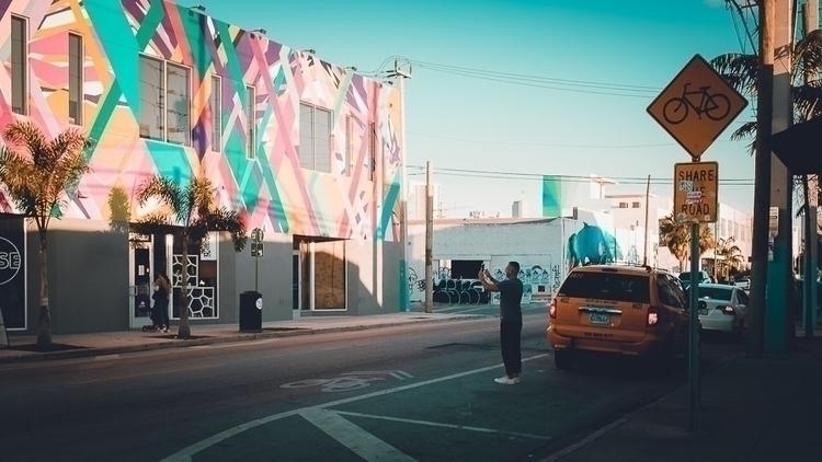 Wynwood Miami - street, van, taxi - celgarcia | ello