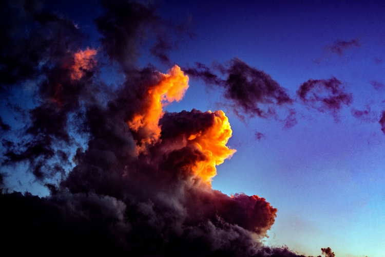 Maxfield Parrish clouds, 8/29/1 - scalzi | ello