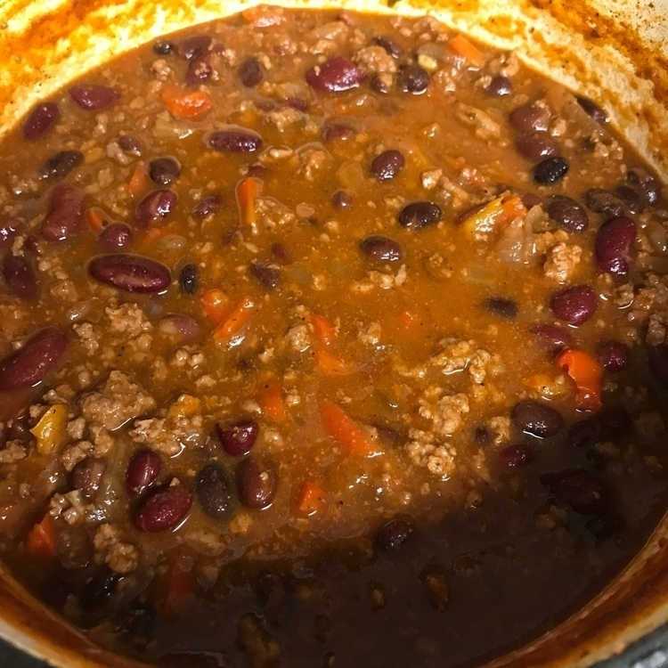 Homemade chili chilly day - acanjournal | ello