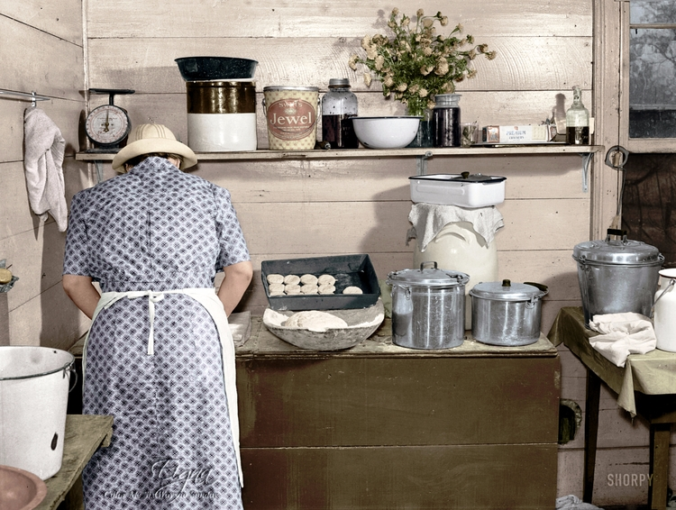 Cornshucking Day Dinner 1939 - colormesixwaystosunday | ello