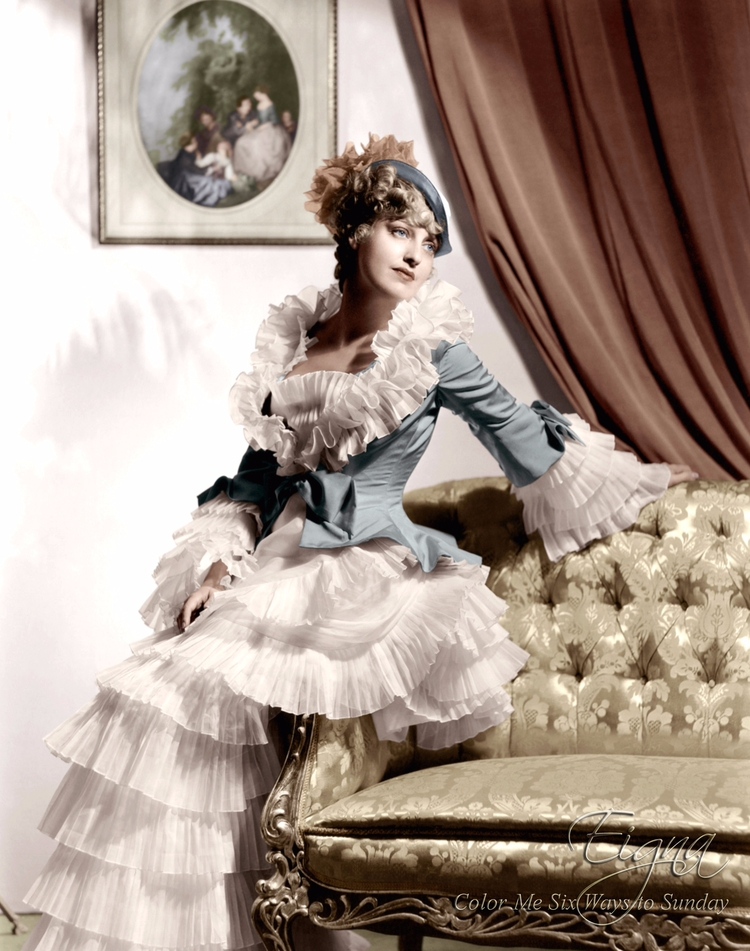 Jeanette MacDonald Merry Widow  - colormesixwaystosunday | ello