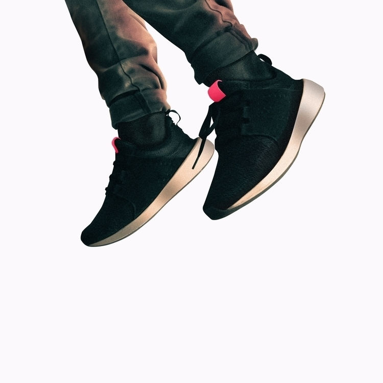 hops - visualart, hypebeast - shoejaat | ello