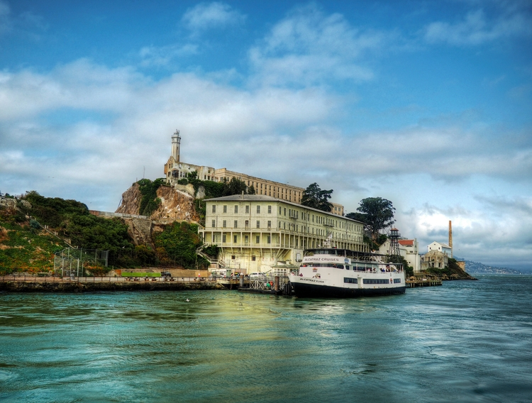 Docked Alcatraz - ferry docked  - neilhoward | ello