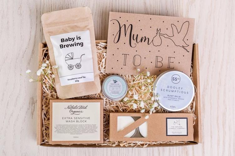 perfect gift mum 'baby-brewing - mumtobegiftset | ello