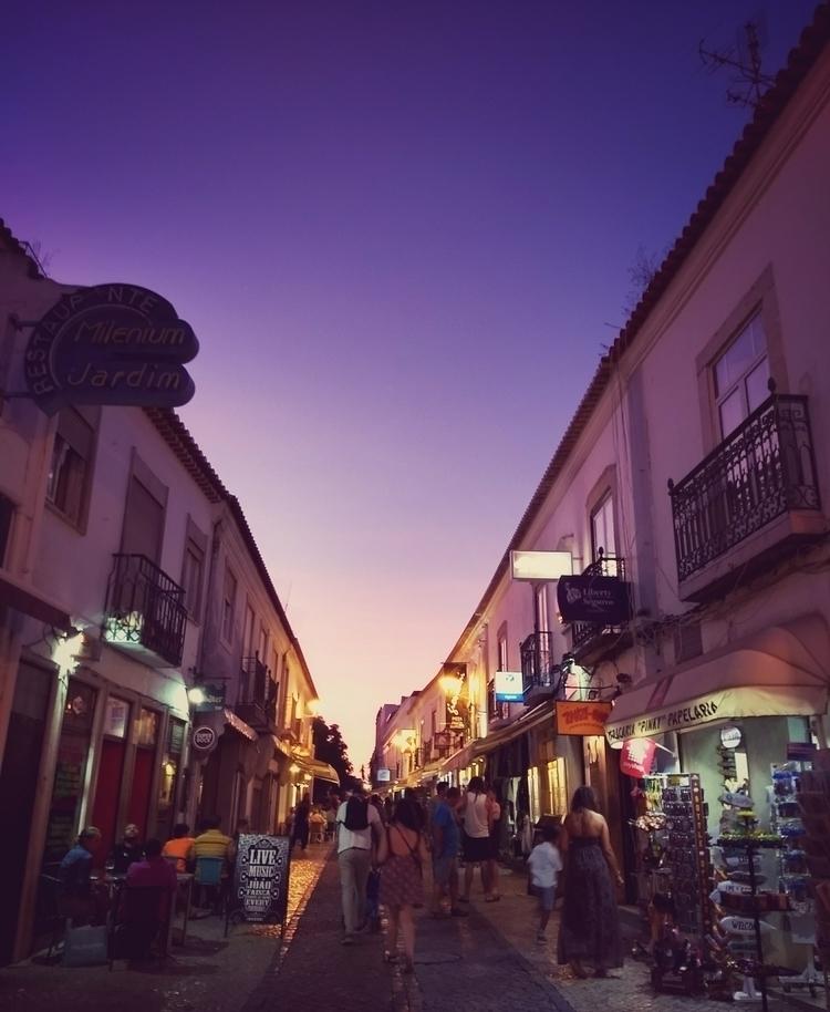 sunset, street, people, city - claudio_g_c | ello