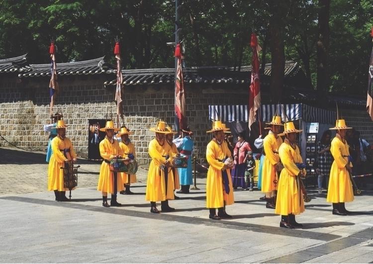 Guards Duty Deoksugung Palace S - marthah44 | ello