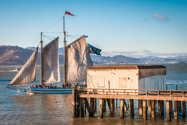 Boating Bay 1891 scow schooner  - mattgharvey | ello