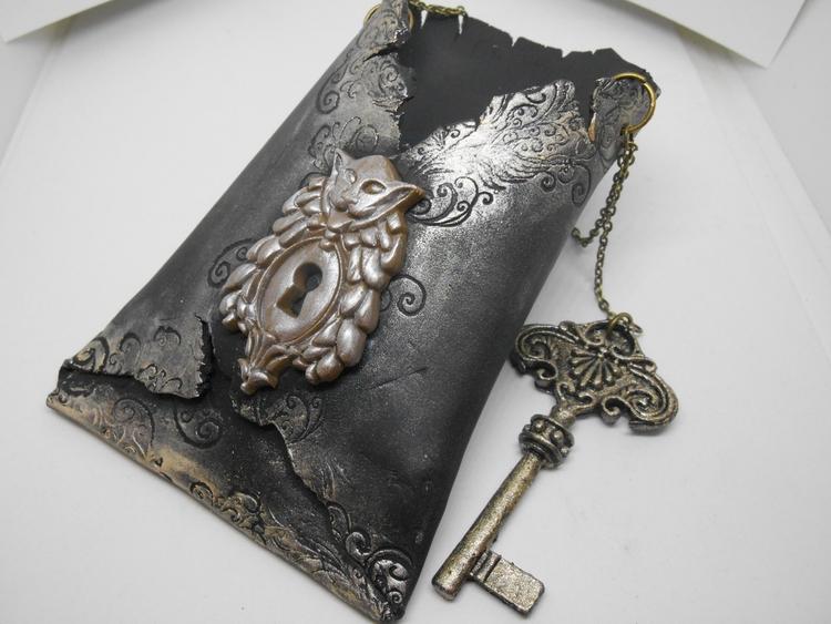 Gothic Wall Pocket Polymer Clay - lynzcraftz | ello