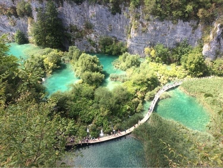 Peace tranquility Plitvice nati - domen2323 | ello