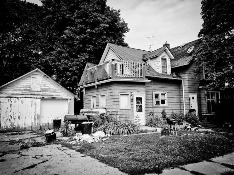 House - Wisconsin - exinerartstudio   ello