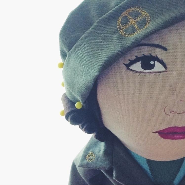 Hair pinned Aid Yeomanry hat - nancywake - alittlevintagedoll | ello