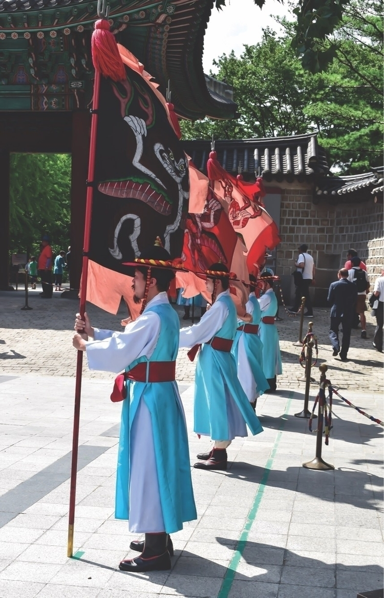 Guards Deoksugung palace Seoul - marthah44 | ello