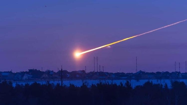 ¿Cuántos asteroides del tamaño  - codigooculto | ello