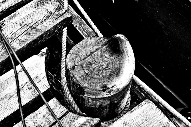 Rope wooden pile - blackandwhitephotography - borisholtz | ello