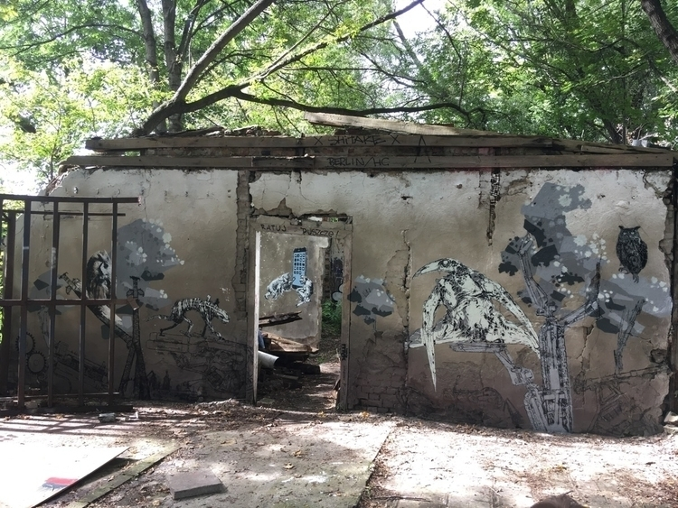 Collab stencil mural Szablon Dż - takimyk | ello