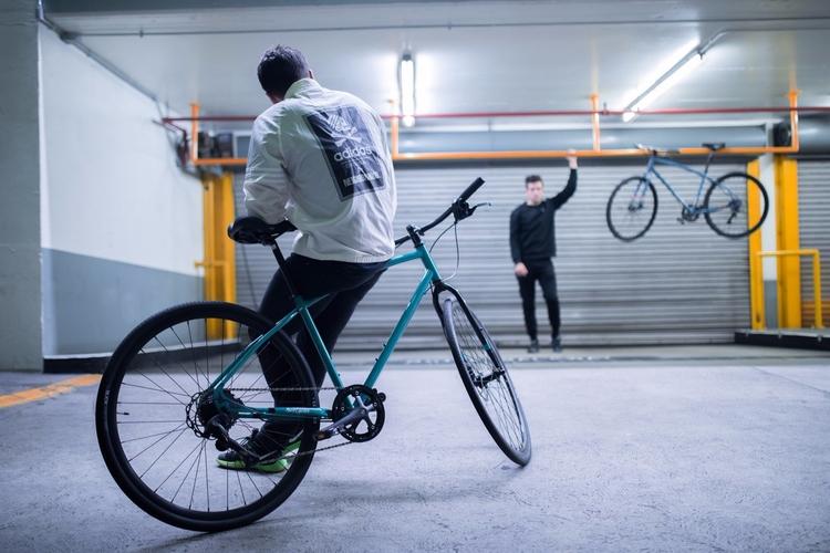 Deja la Urban Commuter Peli te  - avantumbikes | ello