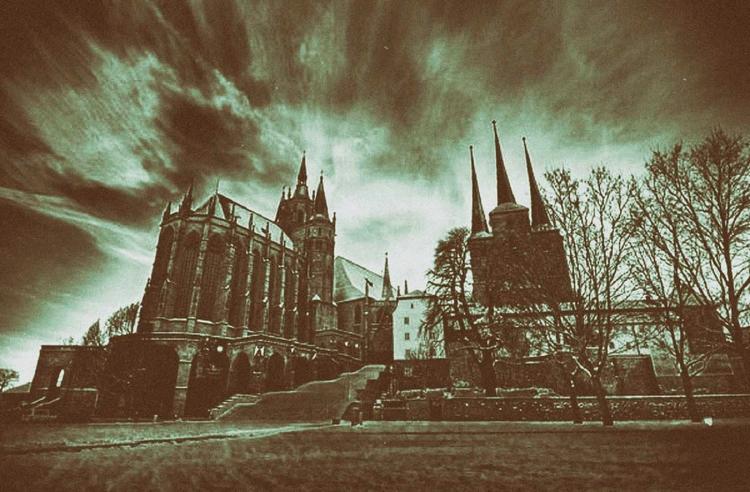 °Spooky Cathedral° - melankomikerin - melankomikerin   ello