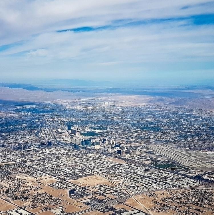 Vegas  - lasvegas, skyfy, skyline - thereshegoesnow | ello