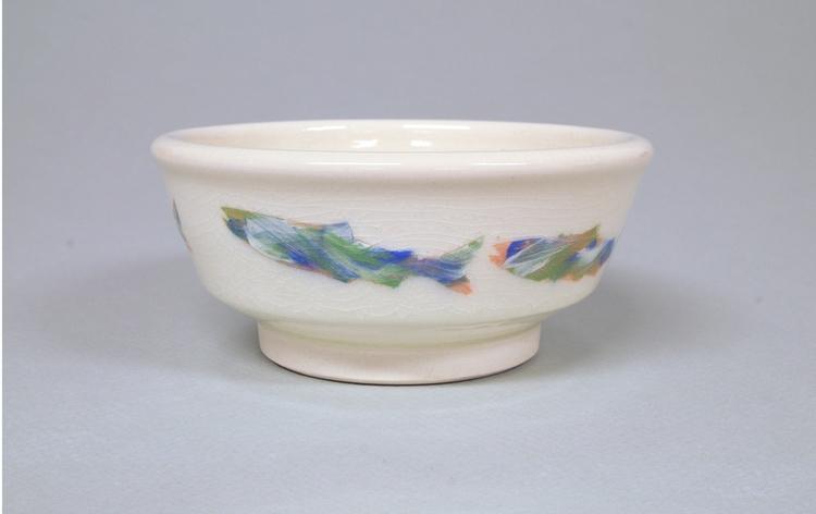 Shallow porcelain bowl: clear c - mhedges | ello