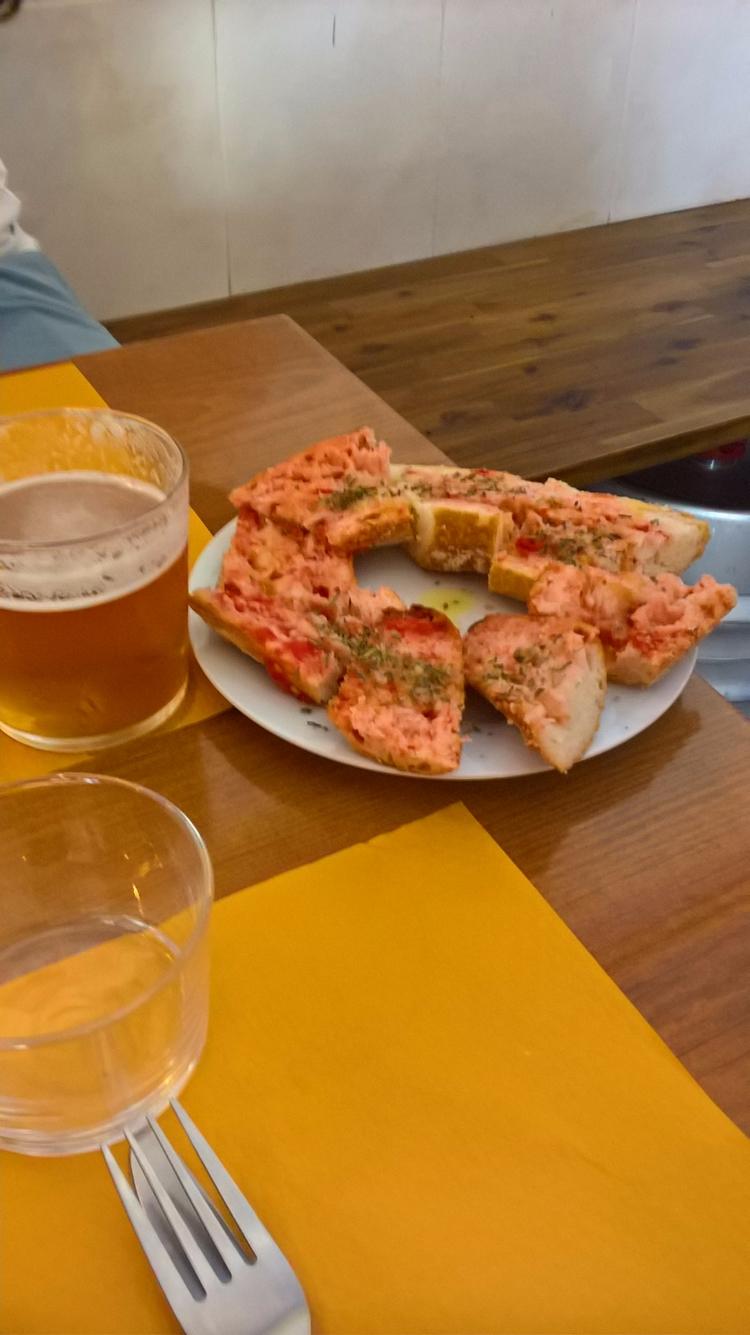 Pan tomate - Barcelona mejillon - robi_res | ello