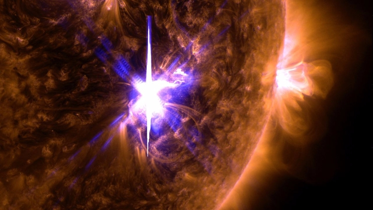 El Sol lanza su mayor llamarada - codigooculto | ello