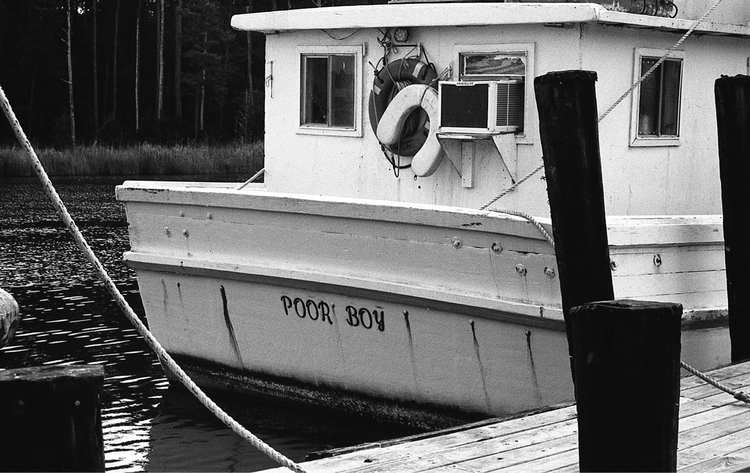 poor boy Hobucken, NC - analog, photography - flaneurity | ello