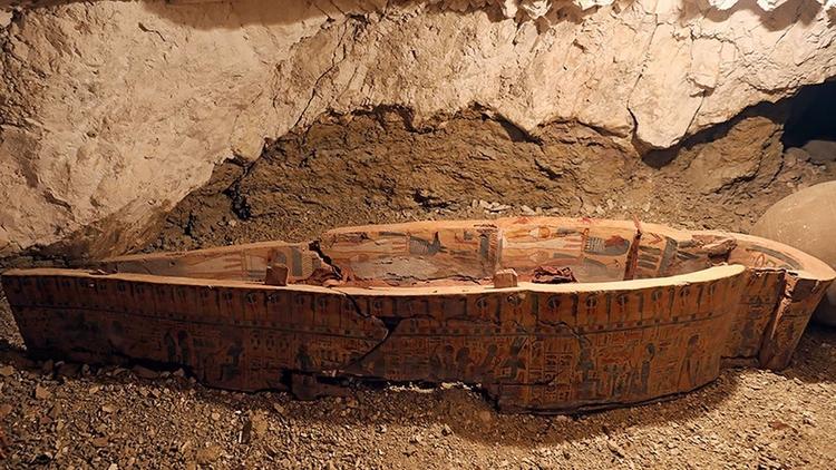 Hallan en Egipto una tumba repl - codigooculto | ello