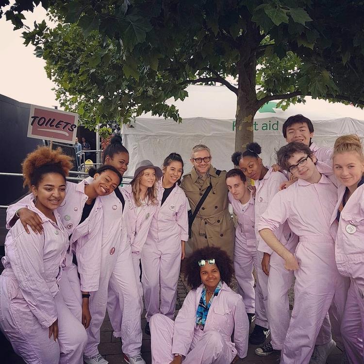 Martin Freeman con los fans de  - freemartinity | ello