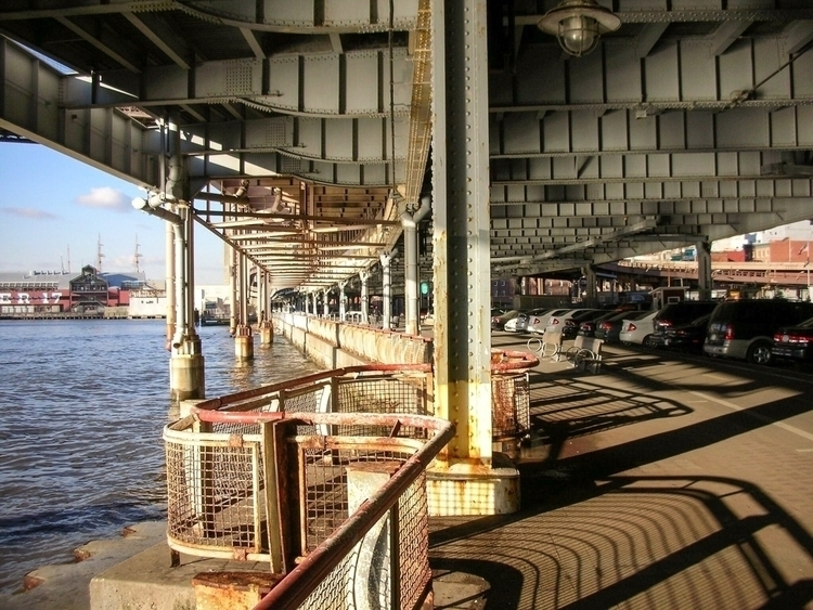 7:53 Tuesday East River FDR Dri - oliverbo   ello