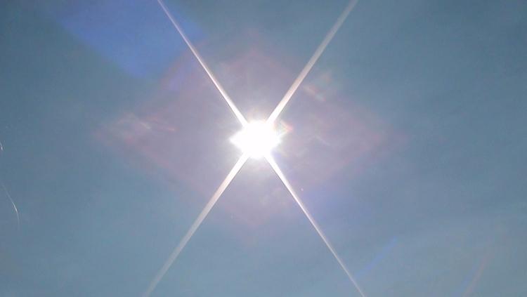 day eclipse... good day... real - v13j0 | ello