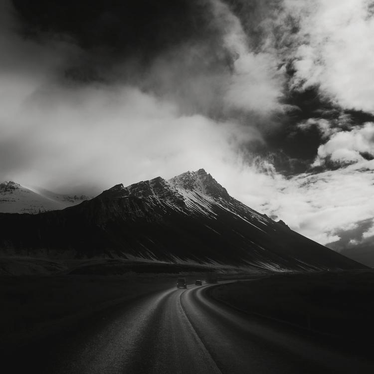 bend - iceland, infrared - andyleeuk | ello
