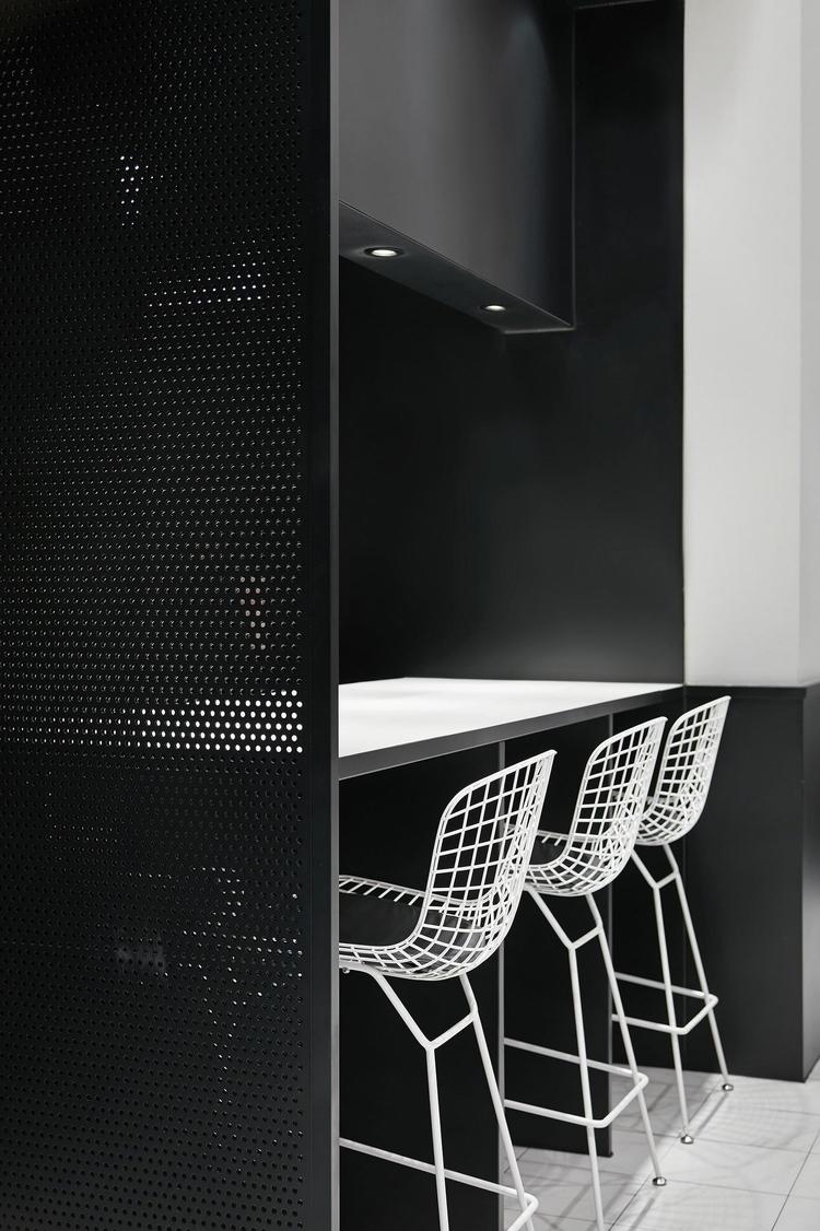 Design: Leaping Creative Zaohui - minimalist | ello