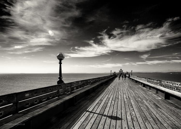 Clevedon pier - clevedon, seaside - toni_ertl | ello