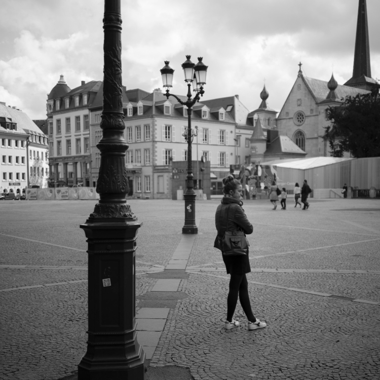 Waiting time - luxembourgcity, streetphotos - cdelas | ello
