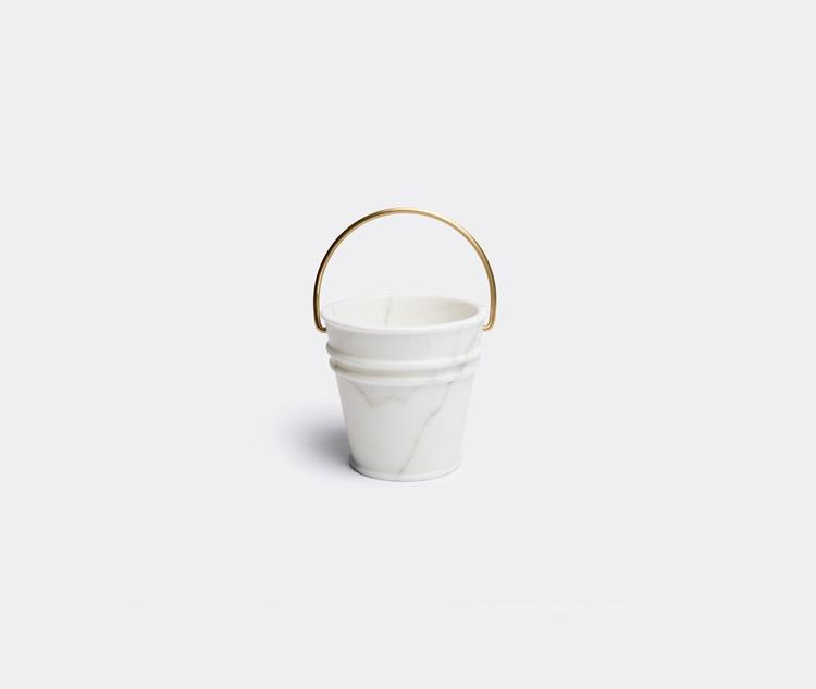 Design: Lorenza Bozzoli Edition - minimalist | ello