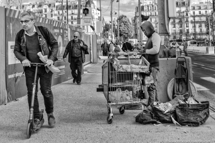 Paris - streetphotography, blackandwhitephotography - arnevanoosterom | ello