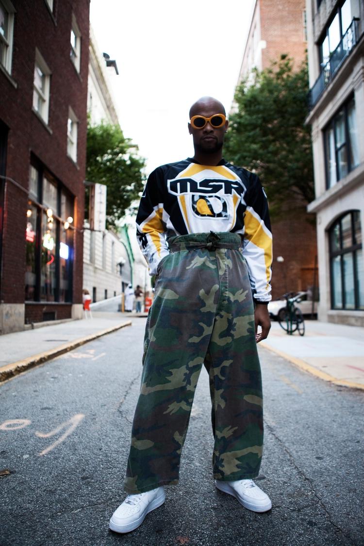 Askia Abdul - streetfashion, 90s - chillyolovesyou | ello