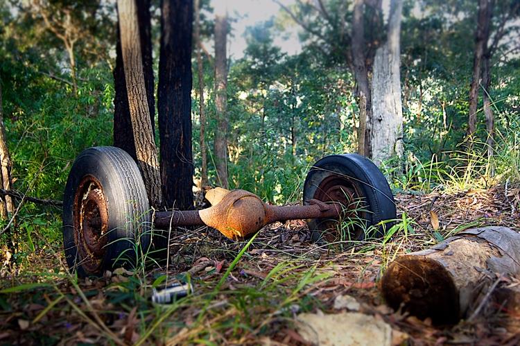 Random bush finds - junk, rust - psnelling2011 | ello