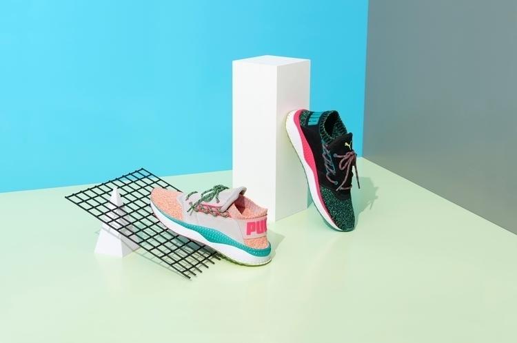 theme shoe 90s, kind vague. cli - vincentnight | ello