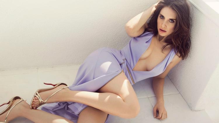 brunette, celebrity, cleavage - ukimalefu | ello