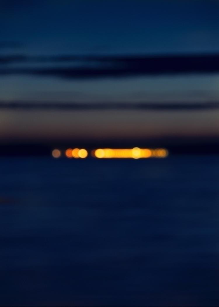 night, bokeh, bluronpurpose, photography - oliviermorisse   ello