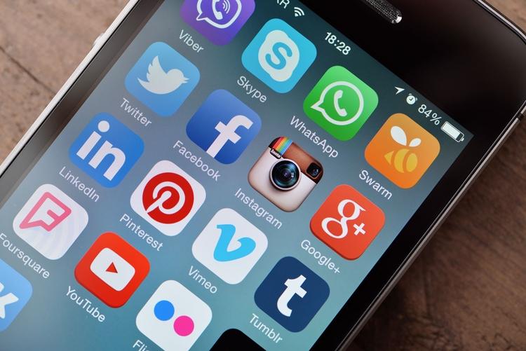 Social media trends stay compet - rebeccashannon   ello