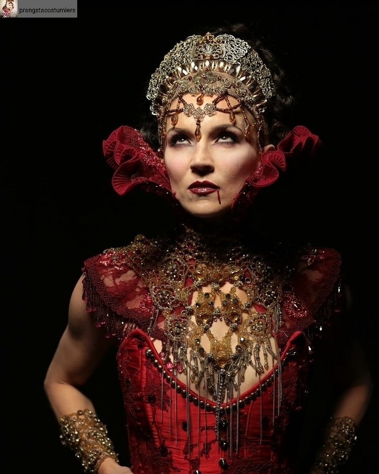 Stunning picture neck corset lo - violetadada | ello