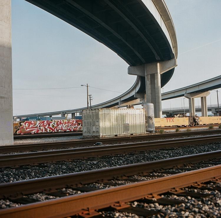 rails, savie, ellorailways, ellofilm - teetonka | ello